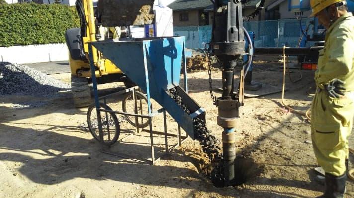 天然砕石による地盤改良工事